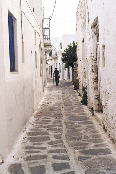 Alley of Parikia, Paros