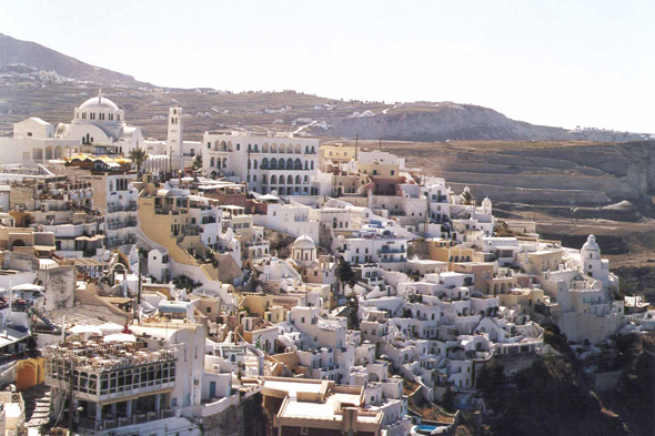 Fira, old town