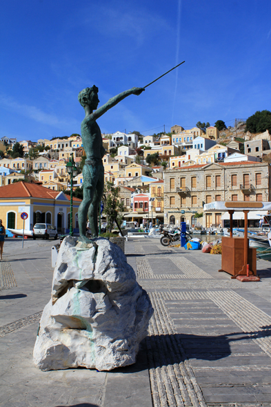 Symi, sculpture
