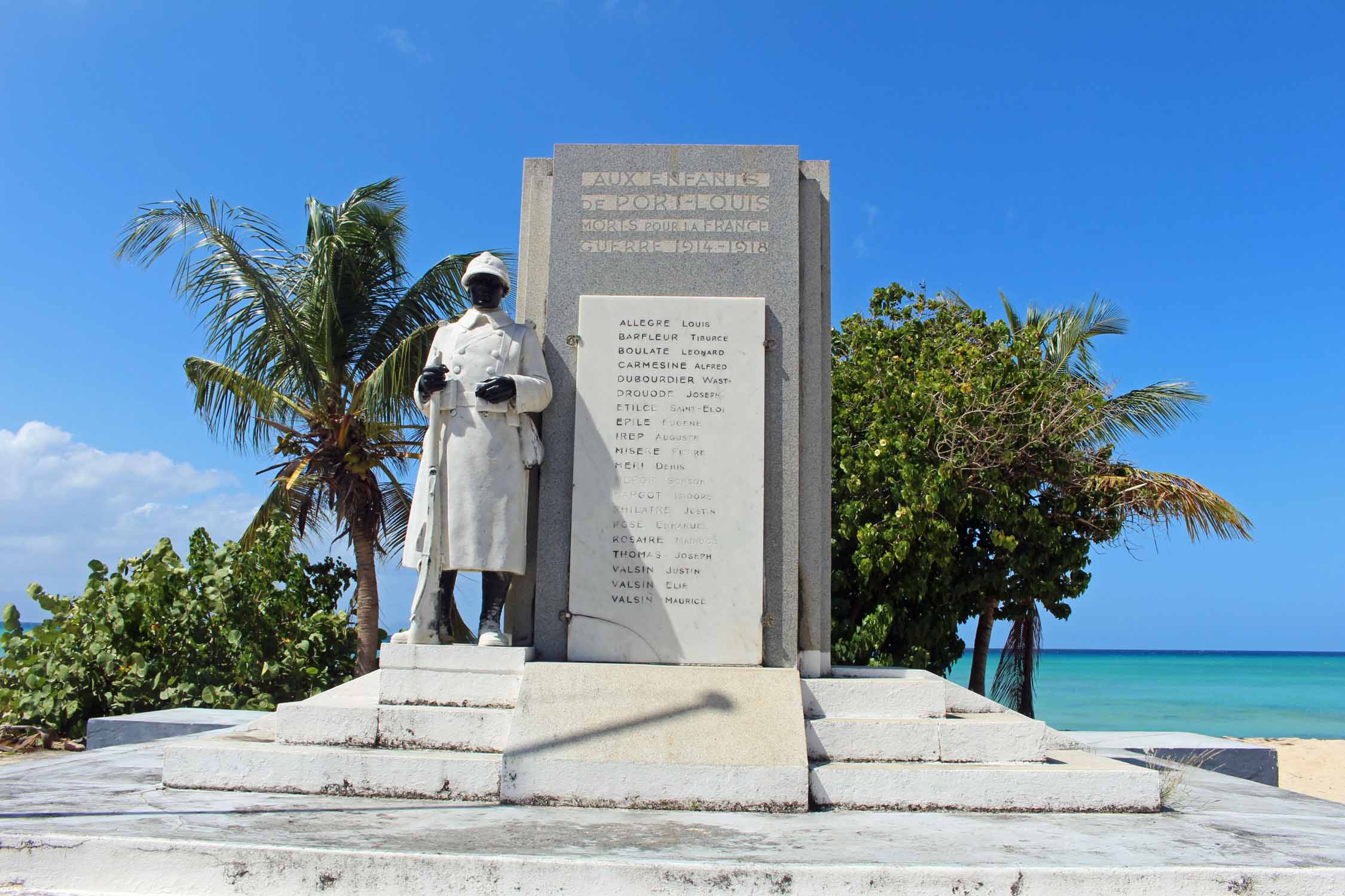 Guadeloupe, Port-Louis, war memorial