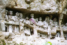 Funeral statues