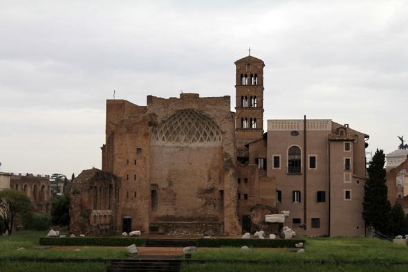 Basilique di Massenzio