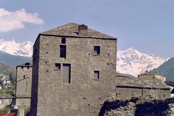 Aosta, Medieval tower