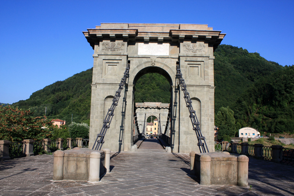 Bagni di Lucca, Bridge of Chains