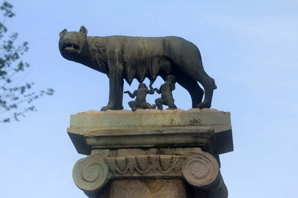 She-wolf, Rome