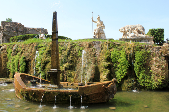 Villa de Este, barca