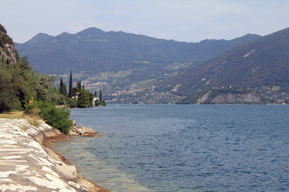 Rives, lac d'Iseo
