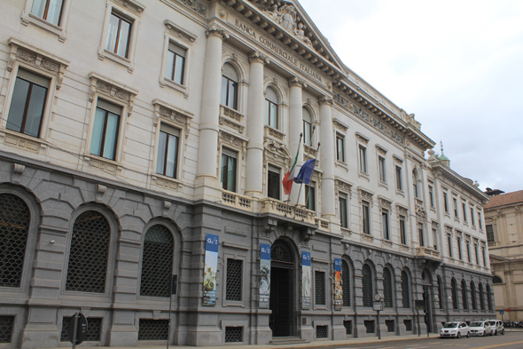 Milan, palace, Italian Bank