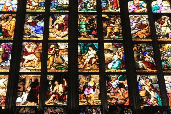 Milan, Duomo, stained glasses