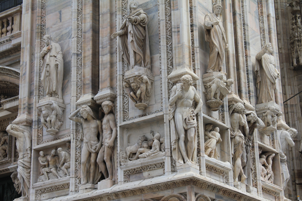 Milan, cathedral, sculpture