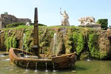 Villa d'Este, boat