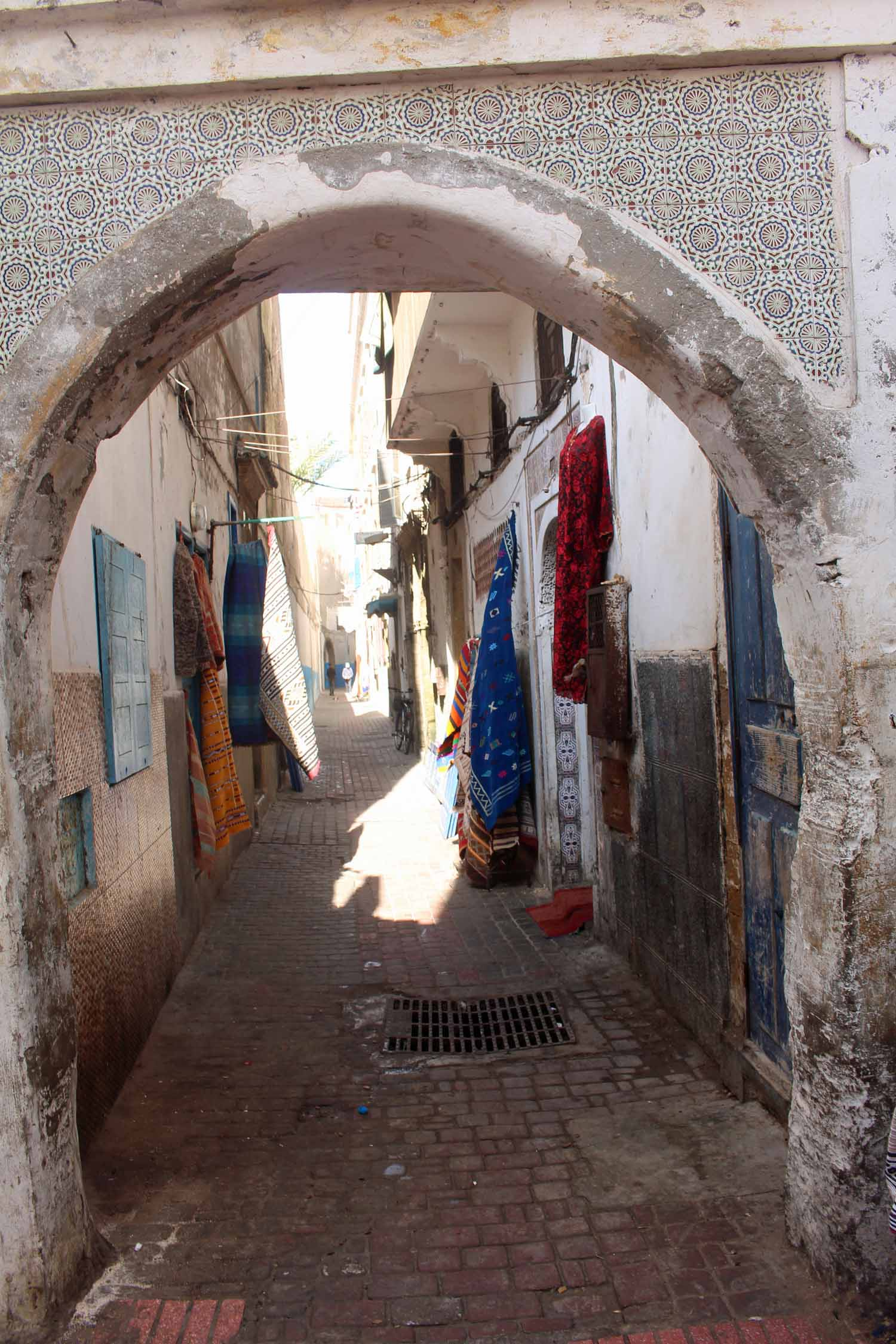Essaouira, market, alley, porch