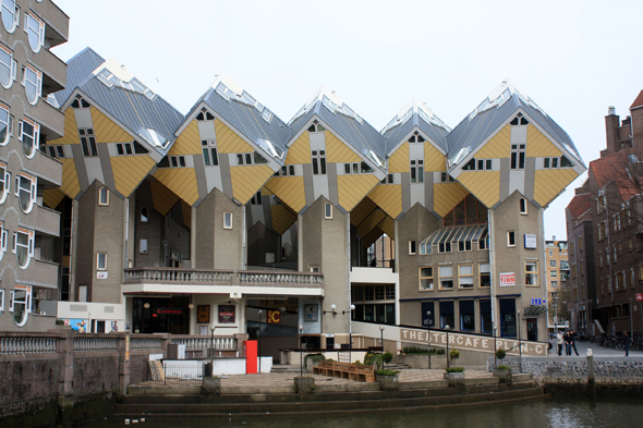 Rotterdam, Cubic Houses
