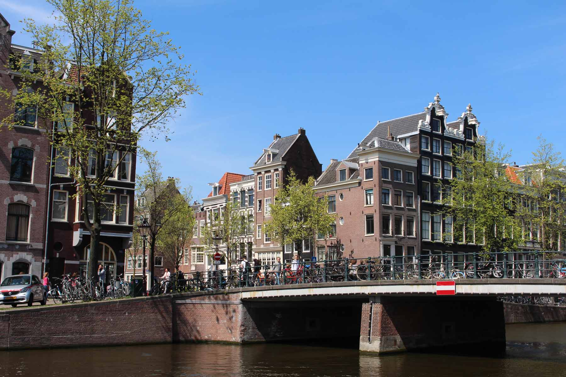 Amsterdam, Singel, bridge, house