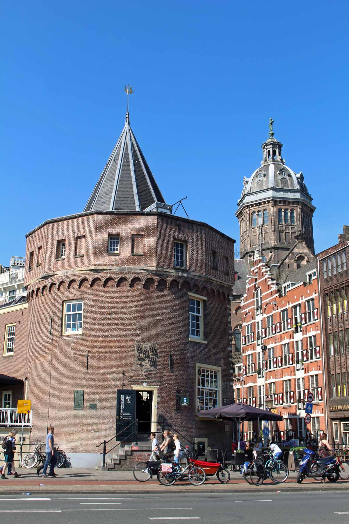 Amsterdam, Weeper's tower