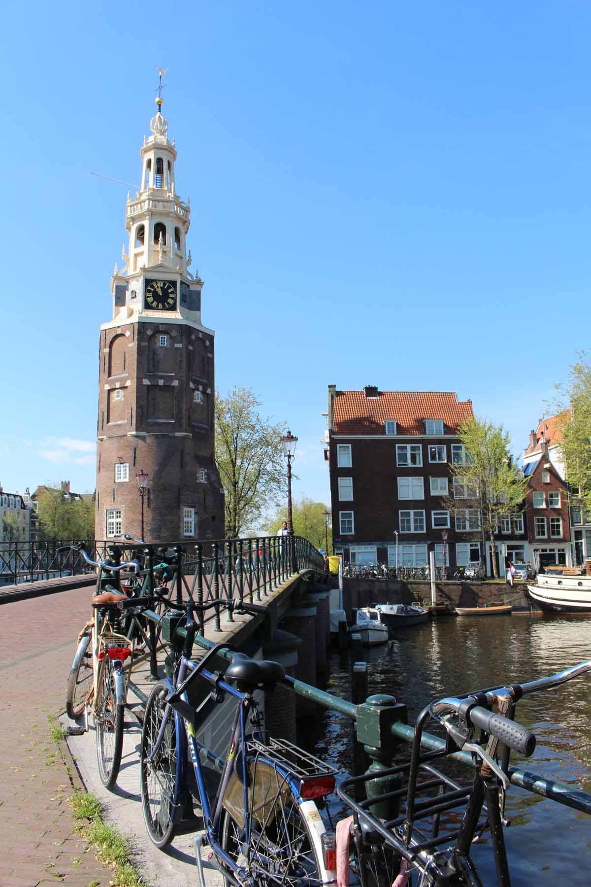 Amsterdam, Montelbaanstoren tower, bike