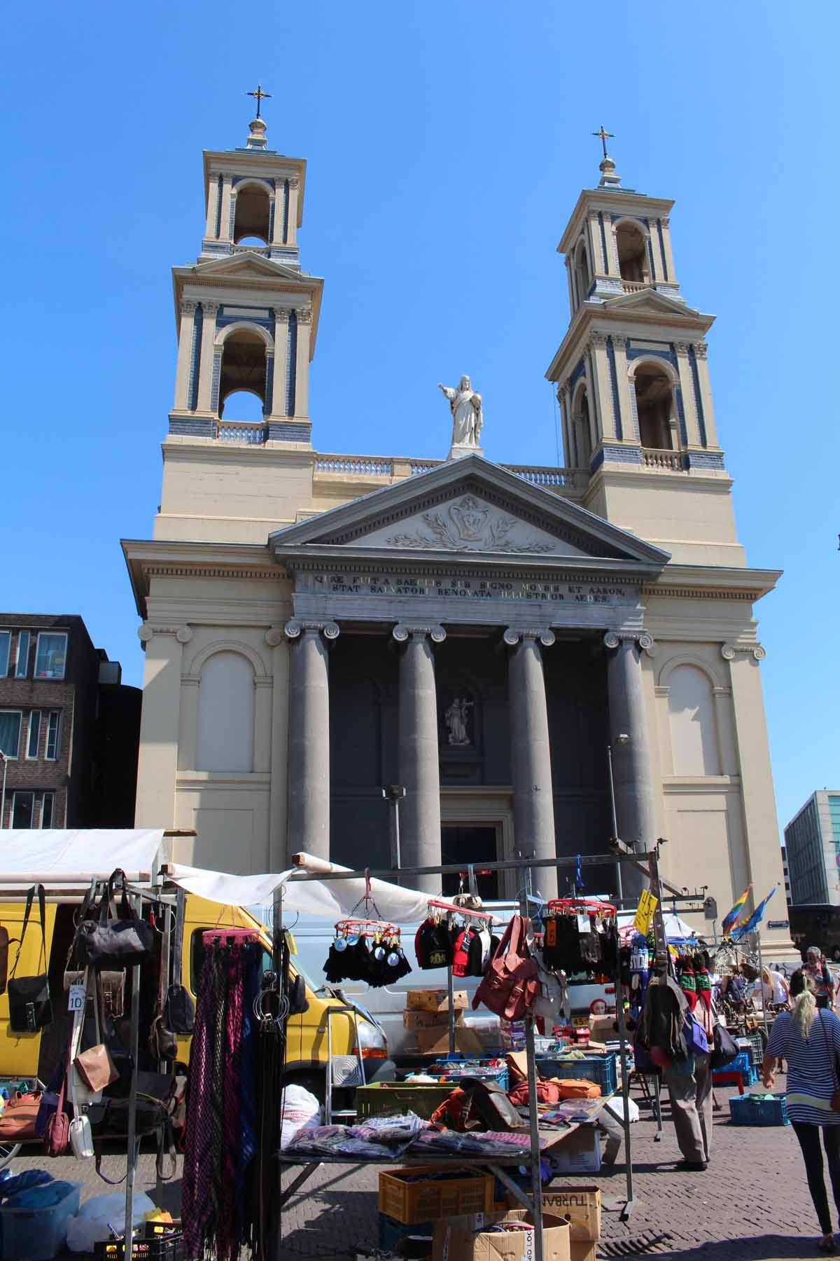 Amsterdam, Sant egidio church, market