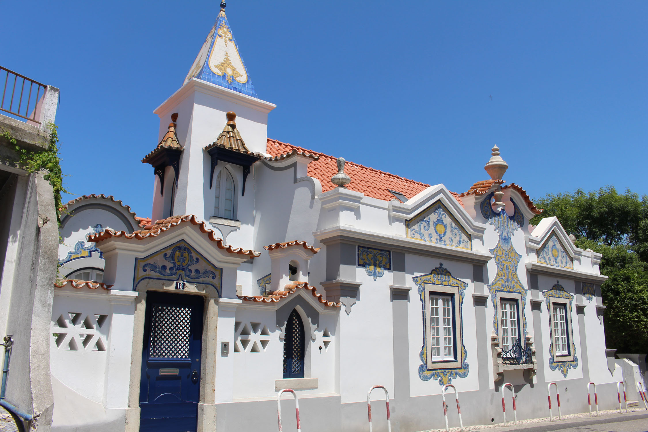 Cascais, typical house