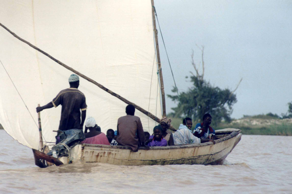 Langue de Barbarie, pirogue