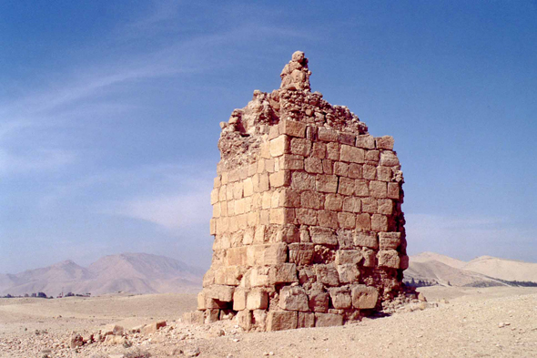 Palmyra, Tombs