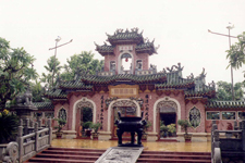 Temple Phu Kien